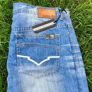 NWT David Bitton Buffalo Jeans King Slim Boot